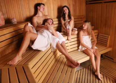 баня мужчины и женщины